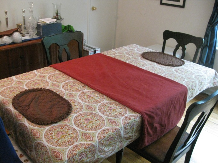 table cloth and runner project 005