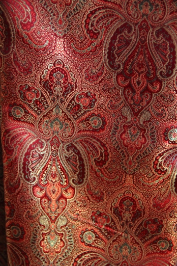 Red and gold brocade for contrasting band