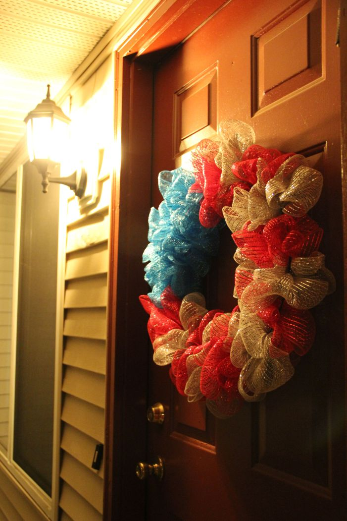 Make an Independence Day Wreath