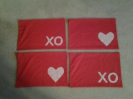 Red placemat set
